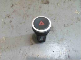 LADA LARGUS Кнопка аварийной сигнализации