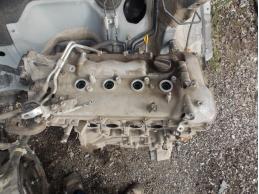Двигатель 2ZRFAE 1.8л