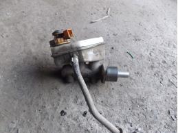 Цилиндр тормозной главный