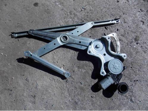 CAMRY V40  Стеклоподъемник передний правый электрический