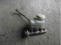 LANCER 9 Цилиндр тормозной главный