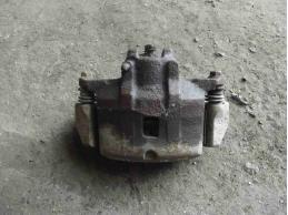 LANCER 9 Суппорт тормозной передний правый