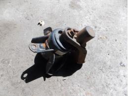 HYUNDAI ELANTRA Опора двигателя правая