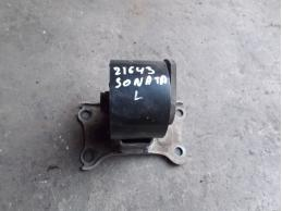 SONATA 5 Опора двигателя левая