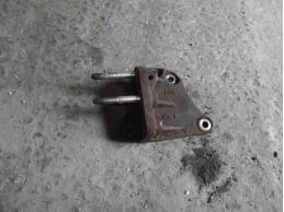 OUTLANDER XL Кронштейн двигателя правый