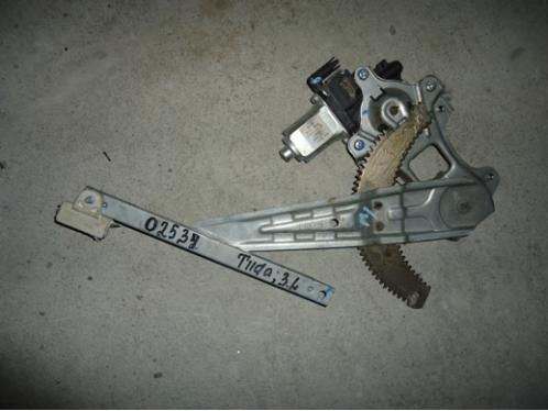TIIDA C11  Стеклоподъемник задний левый электрический