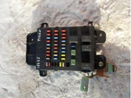 TIGGO T11 Блок предохранителей салонный МКПП 1.6л