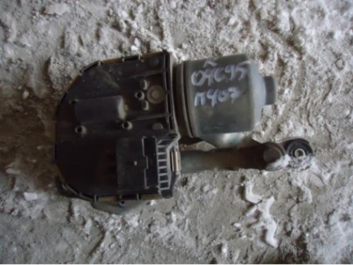 407Моторчик стеклоочистителя правый