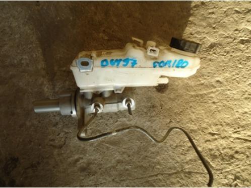 COROLLA E18  Цилиндр тормозной главный (с бачком)1.6л