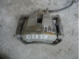 CAMRY V40 Суппорт передний левый 2.4л