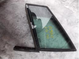 C4Стекло двери передней левой форточка (3-х дверный кузов)