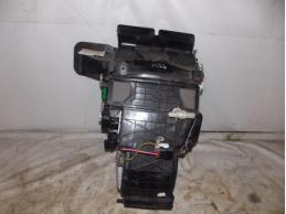 TIIDA C11 Корпус отопителя (без моторчика)