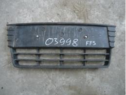 FOCUS III Решетка в передний бампер центральная