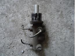 ALBEA F01000 Цилиндр тормозной главный 1.4л