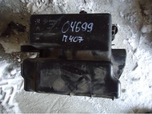 407Блок предохранителей в багажник АКПП 2.0л