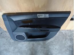 3 BK Обшивка двери передняя правая (седан,под электрику)