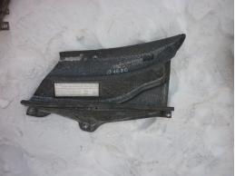 RAV 4 Решетка стеклоочистителей левая (правый руль)