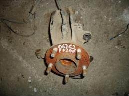 FOCUS II Кулак поворотный передний правый МКПП под ABS 1.6л