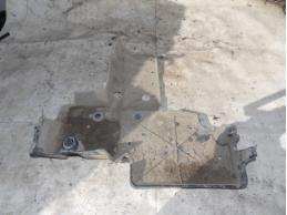 RAV 4 Защита топливного бака (передний левая)