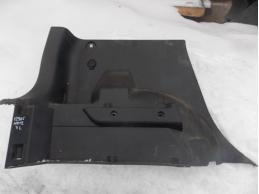 NOTE E11 Обшивка багажника (нижняя правая)