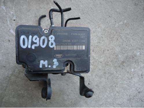 MAZDA 3  Блок ABS 7G37110Y67 1.6л