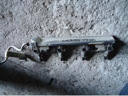 TIIDA C11 Рейка топливная (рампа)