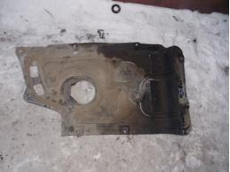 AVENSIS II Пыльник двигателя правый