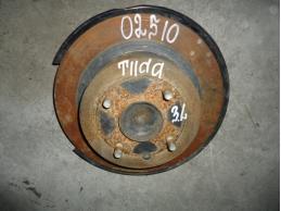 TIIDA C11 Кулак задний левый