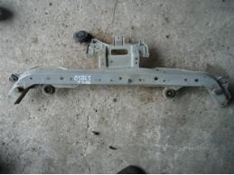 TIIDA C11 Панель передняя (верхняя часть)