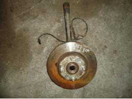SONATA 5 Кулак поворотный передний левый (МКПП,под ABS)2.7л