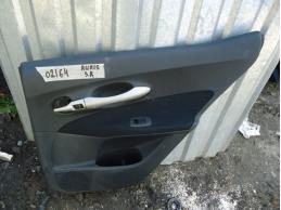 AURIS E15 Обшивка двери задняя правая (под электрику)