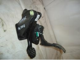 POLOПедальный узел (газ+тормоз)