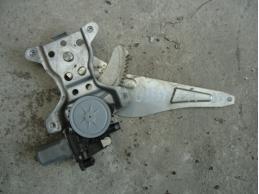 SX 4 Стеклоподъемник задний правый (электрический)