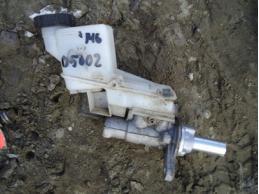 MAZDA 6 Цилиндр тормозной главный с бачком 2.0л