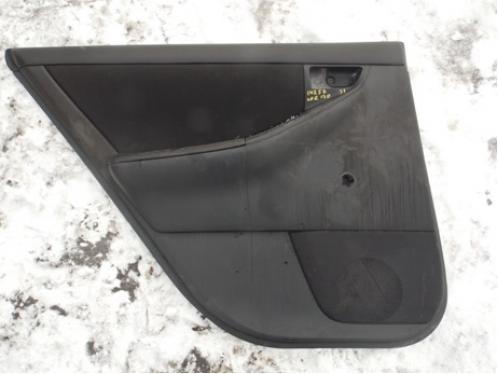 COROLLA E12  Обшивка двери задняя левая (хетчбек, под механику)