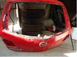 MAZDA 3 Дверь багажника без стекла (хетчбек)