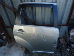 OUTLANDER XL Дверь задняя правая (под накладку)