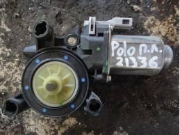 POLOМоторчик стеклоподъемника